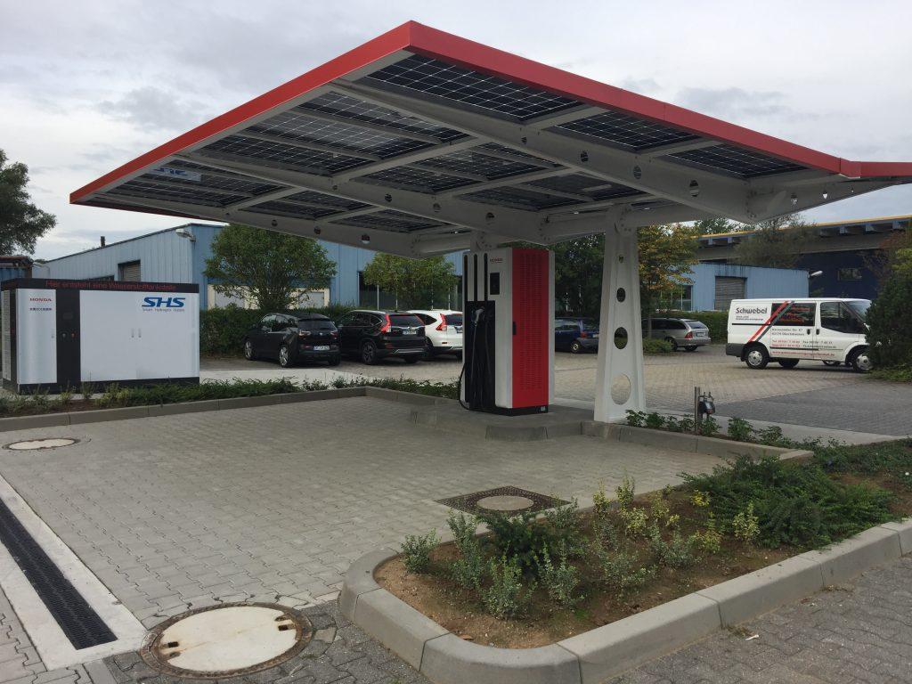 e-station ricarica veicoli elettrici honda