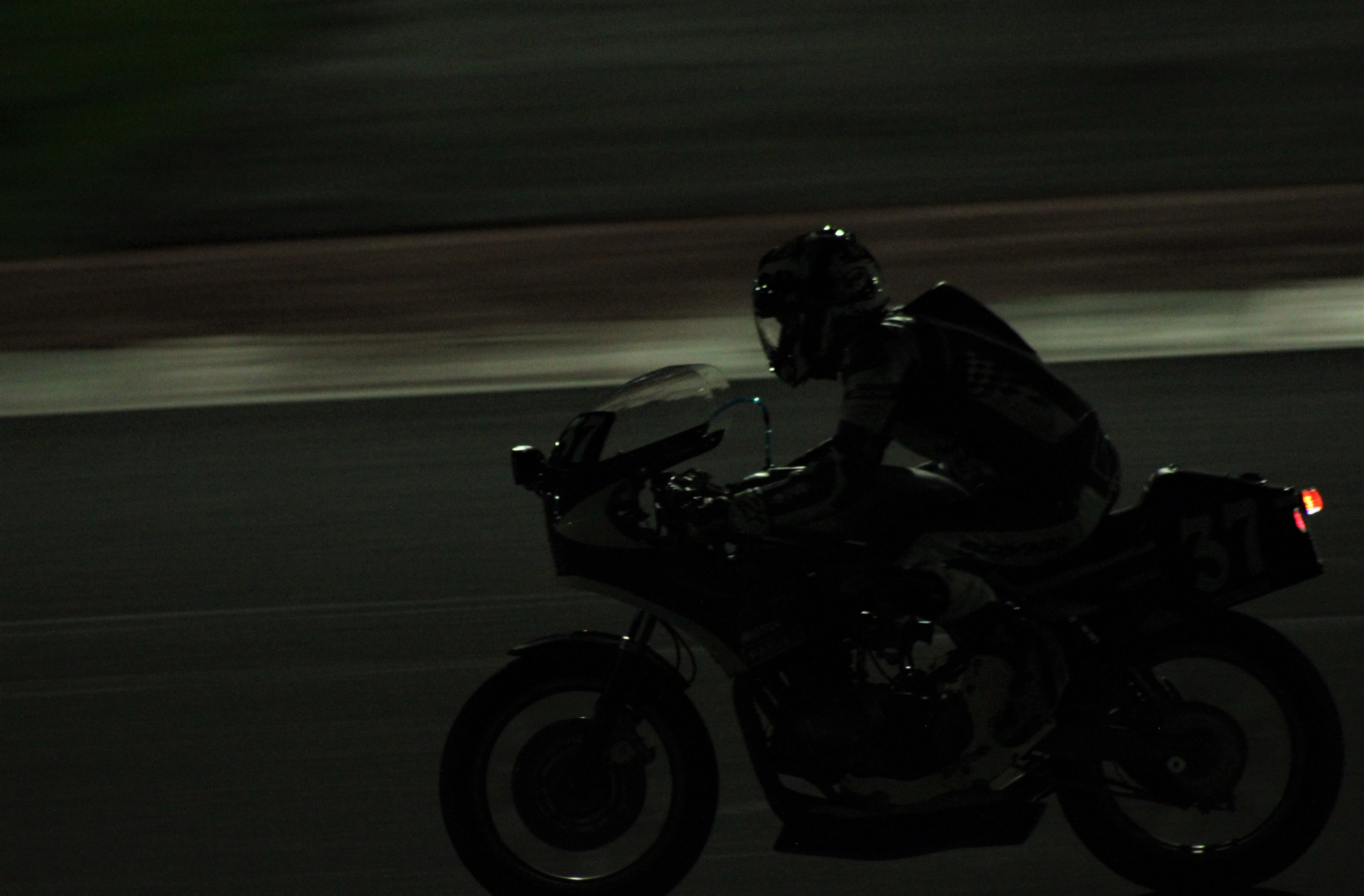 Il Ducatista - Desmo Magazine: Il team Aruba.it Racing