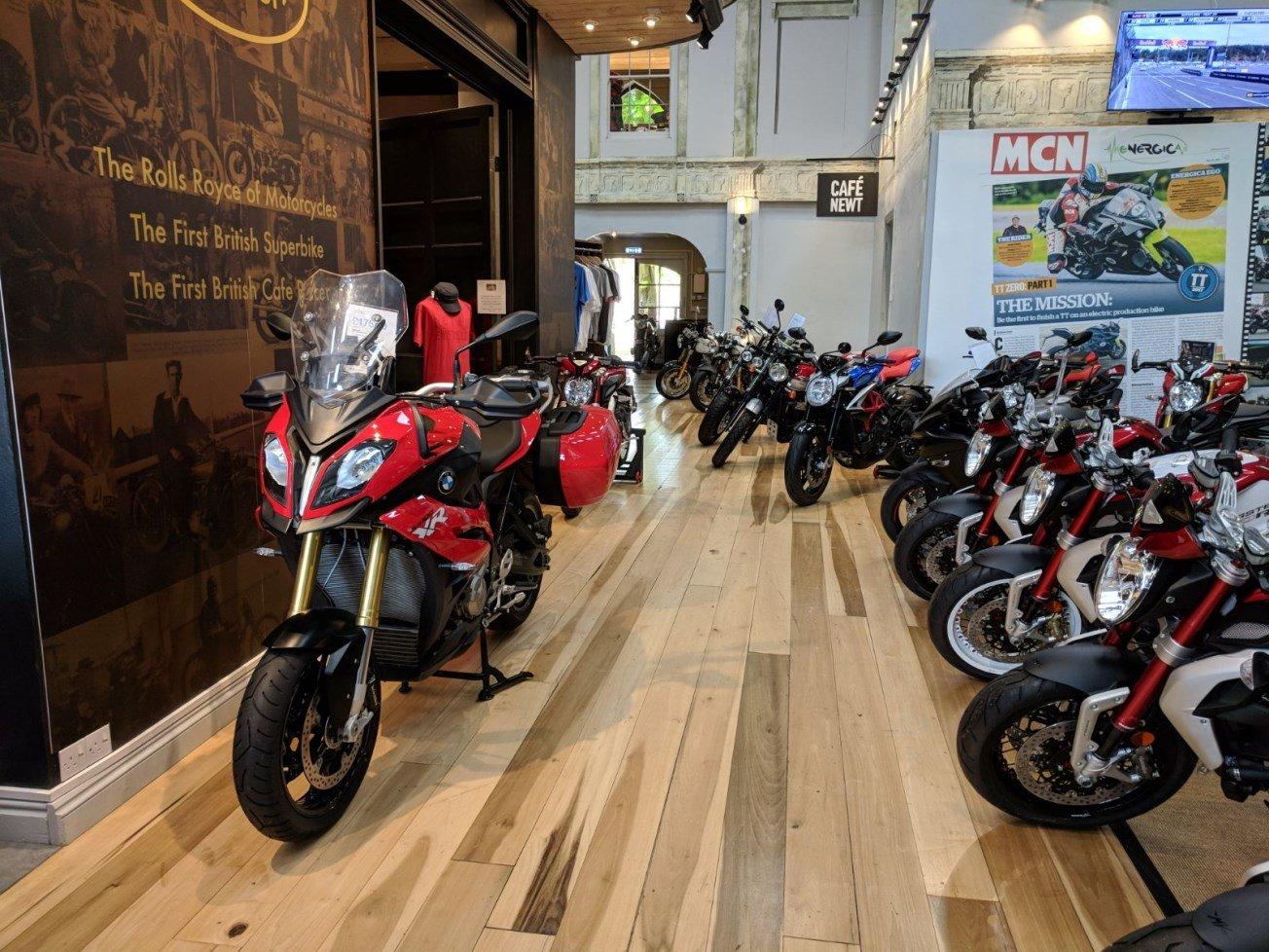 Come comprare la moto usata e tornare a casa felici