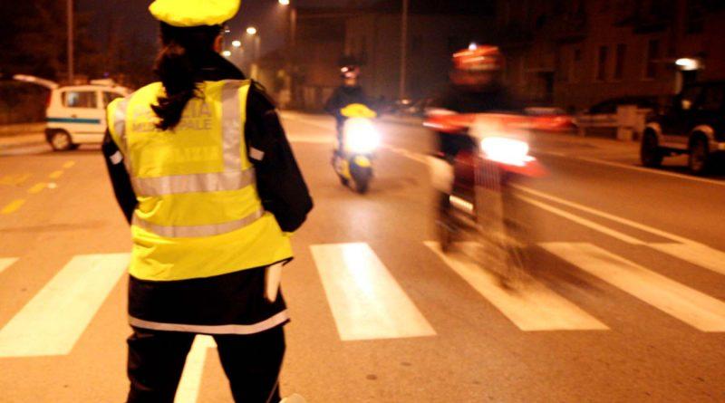 Polizia Municipale di Bra - Controllo su strada