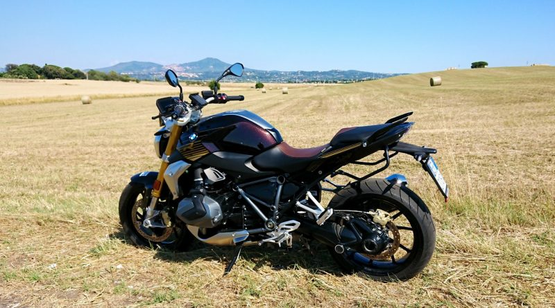 BMW R1250R Vista laterale