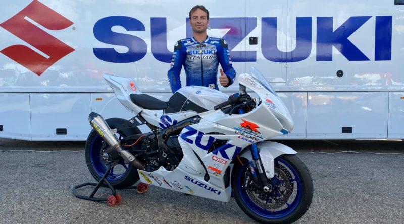 GX-R Riding Academy Suzuki Guintoli