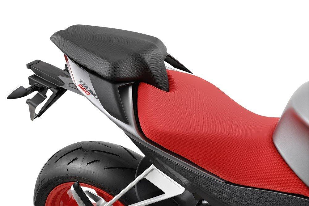 Moto Aprilia Tuono 660 sella passeggero