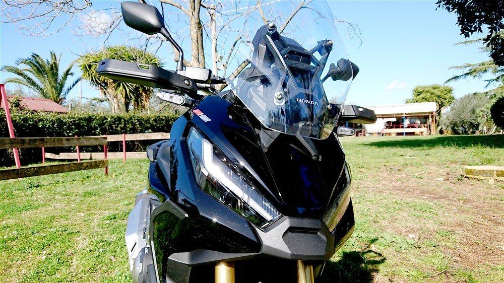 Honda X-ADV 2021 faro