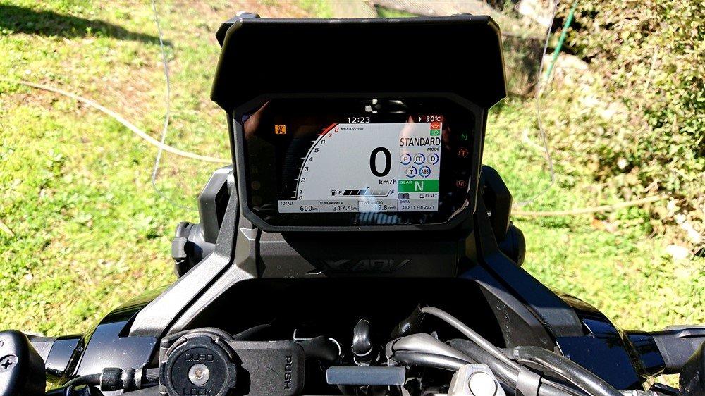 Honda X-ADV 2021 strumentazione